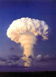 atmosphere_testing_nuclear_weapons.jpe