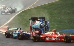 F1-race-car-crash-photo-auto-racing-accident