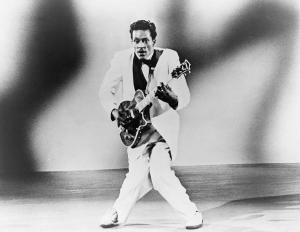 chuck-berry-b-1926-playing-guitar-everett